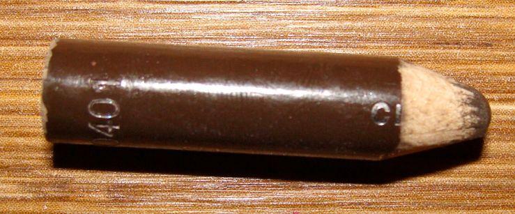 lápis marrom