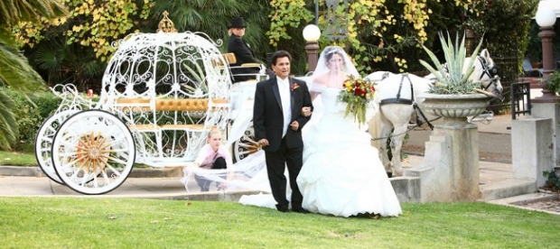 Princess_Fairytale_Wedding_A_Beautiful_Light_1-h-620x276